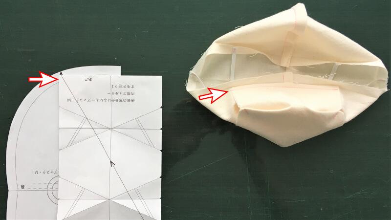 シンプルなカーブマスクのパーツ縫い付け2
