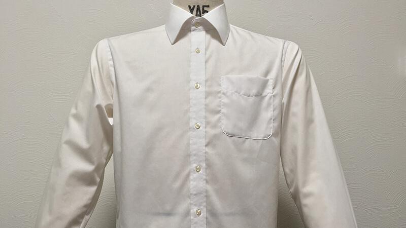 AOKIの形態安定シャツを天日吊り干しで乾燥