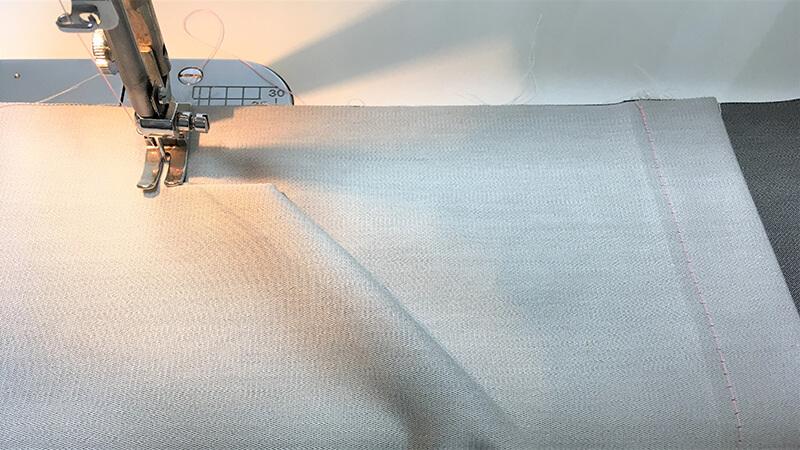 A3ショップバッグの内ポケット縫い付けの写真2