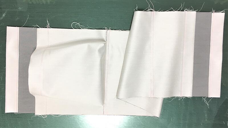 A3ショップバッグの内ポケット縫い付けの写真5