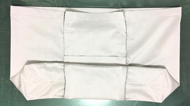 A3ショップバッグのバッグ縫い合わせ・右の写真1