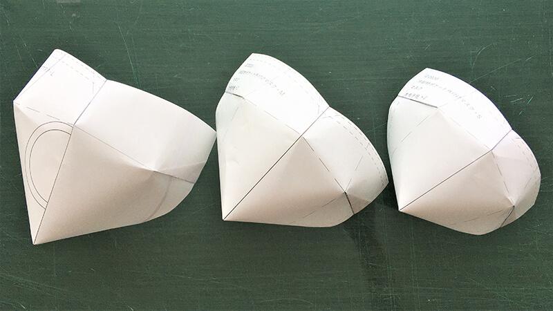 ダーツマスクの紙パターン組み上げ後