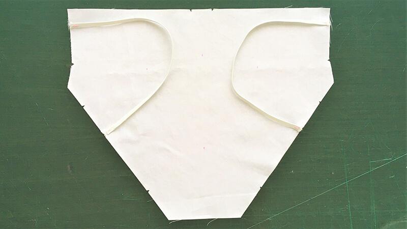 保冷マスクのパーツ縫い4