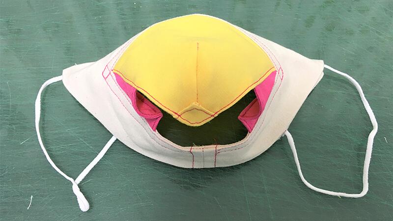 パロットマスクAの補強ステッチの写真8-31