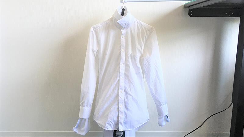 アイロンいら~ずにシャツを着せた写真