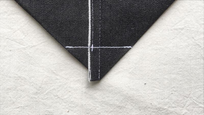 マチ付きトート1のバッグの底面の三角縫い