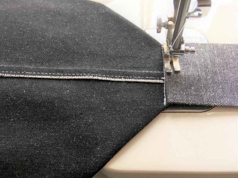 マチ付きトート1の底板の縫い付け